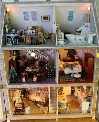 decorate doll house