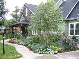 Landscaping Ideas For Front Yard by 35 Best Craftsman Style Landscaping Images On Pinterest