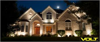 installing landscape lighting article how to get professional results installing landscape