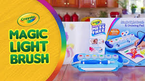crayola color wonder light brush a toy insider play by play