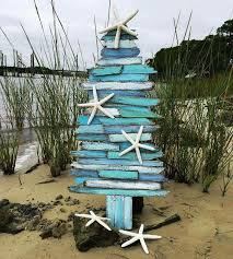 Decorated Christmas Tree Not Taking Water by 25 Best Beach Christmas Trees Ideas On Pinterest Tropical