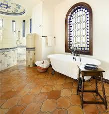 mediterrane badezimmer 30 fliesen badezimmer ideen im mediterranen stil