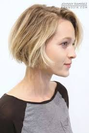 the blonde short hair woman on beverly hills housewives short bob hair pinterest salons box and short bobs
