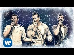 the baseballs rockin u0027 around the christmas tree best christmas