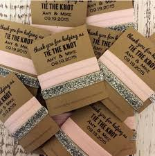wedding favors 9 wedding favors your guests will actually use