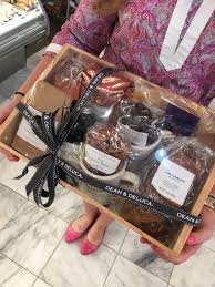 dean and deluca gift basket deananddeluca gift basket giveaway simply the best from barbara