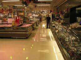 treatment and uhs burnishing on vinyl floor in supermarket