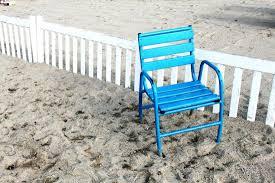 chaises cann es les chaises bleues de la croisette photo de cannes côte d azur