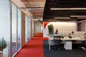 bureau architecte e open space e área de circulação stago architecture arquitetura