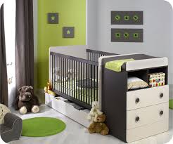 couleur de chambre de bébé lit b b volutif malte couleur taupe chambre de bebe evolutive