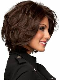 Frisuren Kurzes Lockiges Haar by Kurzes Haar Braun Lockig Weibliche Frisuren Hairstyle