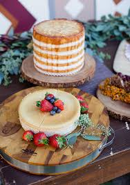 thanksgiving inspired wedding inspiration 100 layer cake