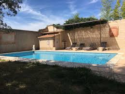 villa des carassins saint rémy de provence france booking com