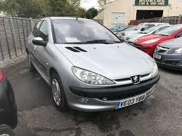 peugeot hatchback peugeot 206 silver 1 4 petrol manual 5 door hatchback fantastic