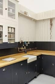 plan travail cuisine bois cuisine grise avec plan de travail bois en photo newsindo co
