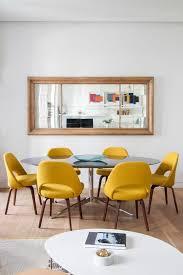 chaises jaunes 1001 idées de décors avec couleur moutarde des conseils