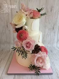 18 Best Cakes Fresh Flowers Images On Pinterest Buttercream