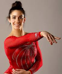 medal gold hair products olympic gymnast aly raisman s go to hair products instyle com