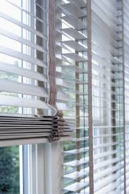 Window Blinds Curtains by Best 25 Blinds For Windows Ideas On Pinterest Curtains Window