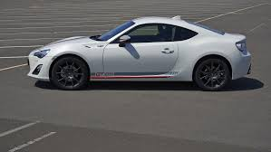toyota white car toyota introduces special edition gt86 blanco features white