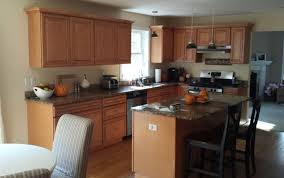 kitchen paint color ideas with oak cabinets wall color for