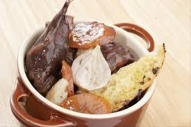 cuisiner rable de lapin recette de râble de lapin aux pruneaux facile et rapide