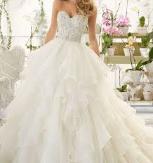 pretty wedding dresses pics of brides dresses best 25 pretty wedding dresses ideas on