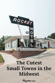 cutest small towns best small towns in the midwest places to visit in the midwest