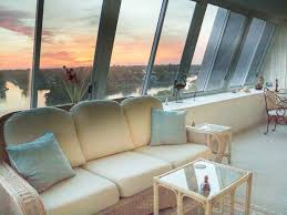 1400 Sq Ft 1400 Sq Ft Penthouse Best View At Peppert Vrbo