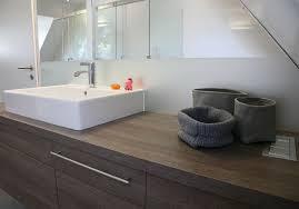 Bad S Die Lichtschalter Des Bads Sind In Die Waschtischplatte