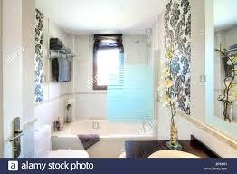 wallpaper borders bathroom ideas modern wallpaper borders marvelous bathroom border ideas designer