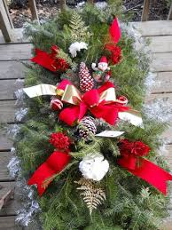 Christmas Grave Decorations 90 Best Grave Blankets Images On Pinterest Funeral Flowers