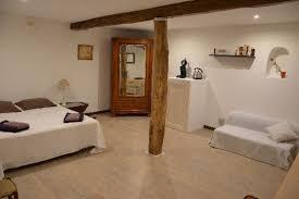 chambre d haute chambre d hôtes spacieuse dans un typique des alpes de