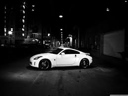 white nissan 350z nissan 350z 4k hd desktop wallpaper for u2022 dual monitor desktops