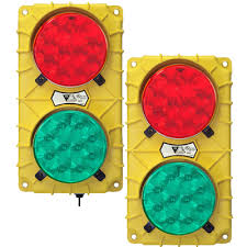 stop and go light stop and go lights loading dock traffic lights
