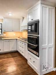 kitchen wall color with white cabinets kitchen cabinets in sherwin williams dover white painted