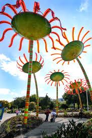 seattle u0027s renewable flower power solar powered flower