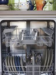 astuce de grand mere pour nettoyer un canapé en tissu pour nettoyer le lave vaisselle mélanger deux cuillères à soupe de