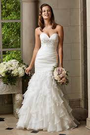 wedding dress and mermaid sweetheart ruffles appliqued