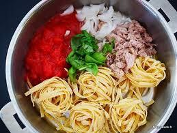 cuisiner le thon en boite one pan pasta thon tomates recettes de cuisine marciatack fr