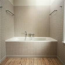 Diy Tile Bathtub Refinishing A Bathtub Thriftyfun