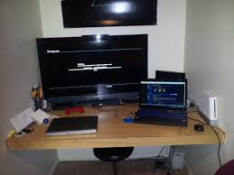 3 Monitor Computer Desk Smashing Gaming At Home Western Style Sectional Sofas Also Gamers