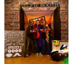 photo booth selfie booth hart entertainment