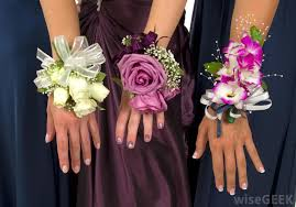How To Make Corsages And Boutonnieres What Are Corsage Pins With Pictures