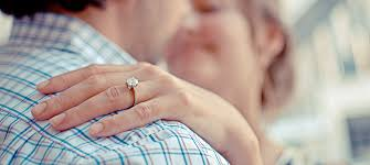 buying engagement ring the cost of buying an engagement ring in new jersey