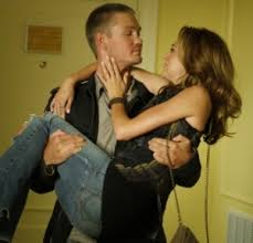 are lucas and peyton leaving one tree hill
