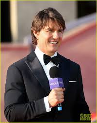 tom cruise goes black tie for u0027mission impossible rogue nation