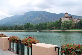 lake terrace dining room broadmoor colorado springs lovelivingincolorado
