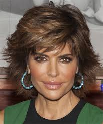 what is the texture of rinnas hair lisa rinna short straight formal hairstyle medium brunette hair