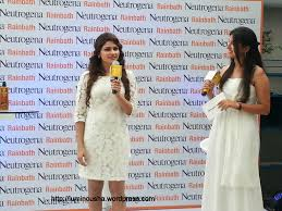 bollywood actress and neutrogena brand ambassador prachi desai